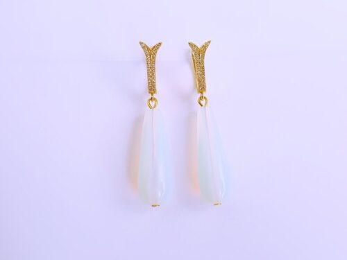 Opaliit kõrvarõngad